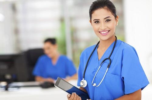 Học văn bằng 2 Cao đẳng điều dưỡng có nhiều cơ hội tìm kiếm việc làm