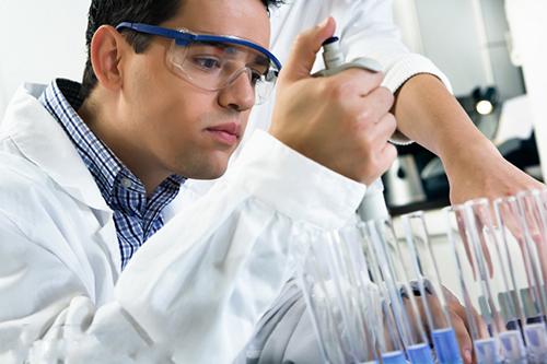 Cao đẳng Y Dược Đăk Lăk đào tạo ngành Xét nghiệm Y học trong thời gian bao lâu?