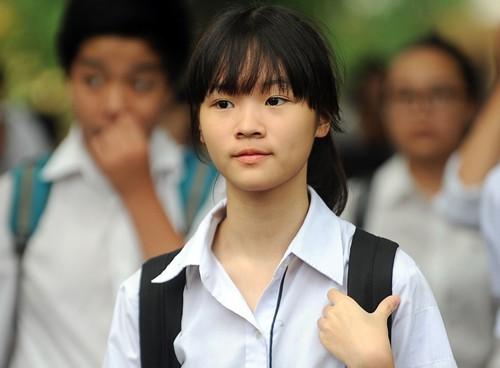 Thí sinh thi môn Ngữ văn lớp 10 THPT tại Hà Nội năm 2018 - 2019 (Ảnh minh họa)